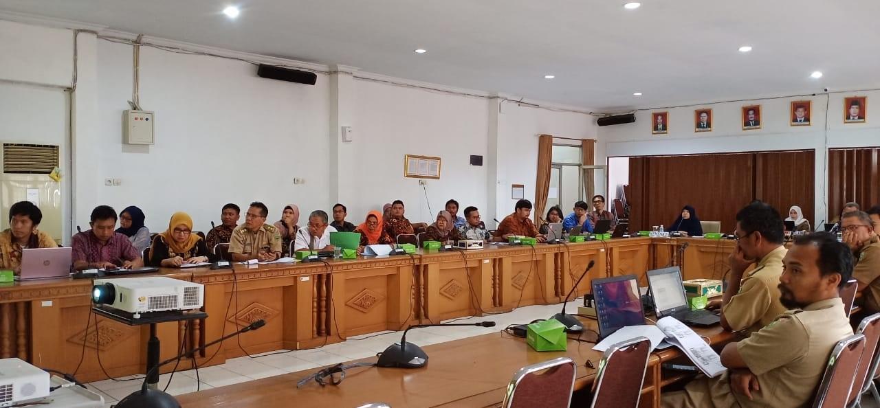 20200108112102_rakor_penyusunan_rencana_aksi_penyelesaian_pitti_di_kabupaten_muara_enim,_palembang..jpeg